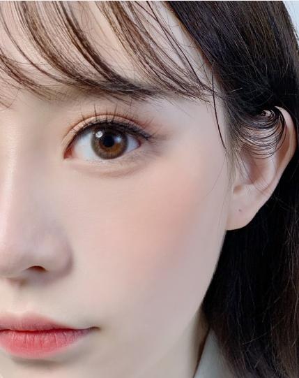 学化妆对高中毕业女生来说前途好吗