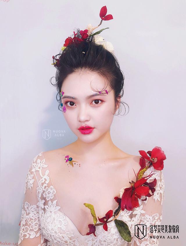 2019-7-31优秀化妆作品图片3