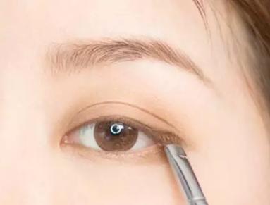 日常基础眼妆教程,一起学习吧!