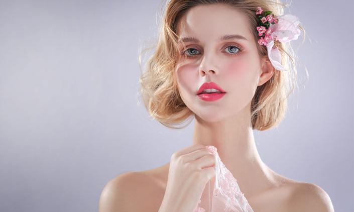 学化妆需要哪些条件?