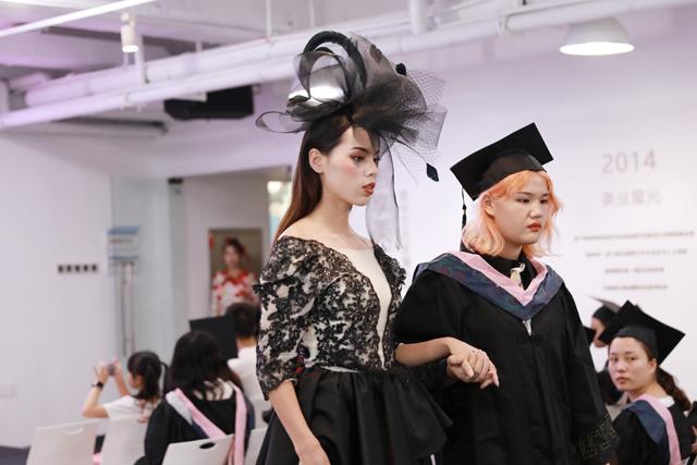 毕业化妆学员告诉你,哪里学化妆更专业
