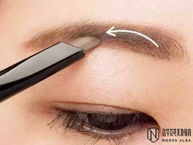 眉毛怎么画,洛华艾芭化妆师手把手教你!