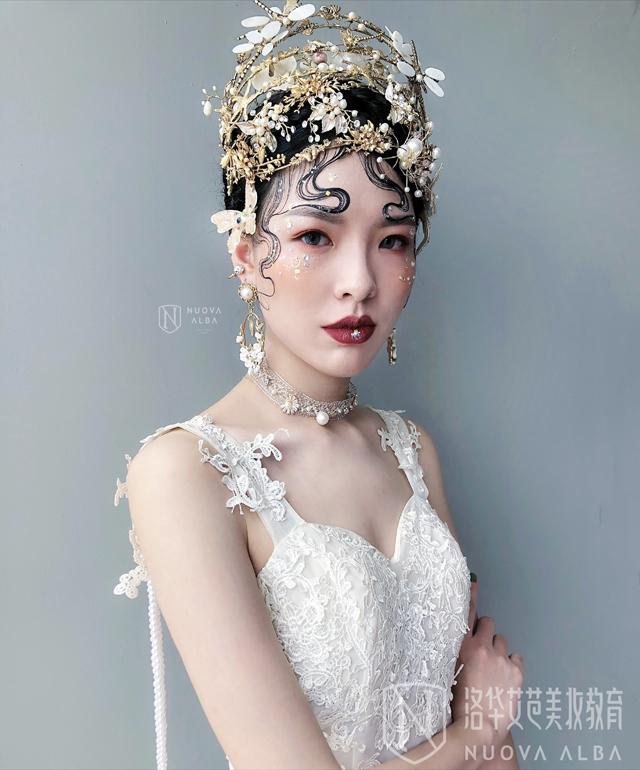 洛华艾芭彩妆作品巴洛克新娘造型图片