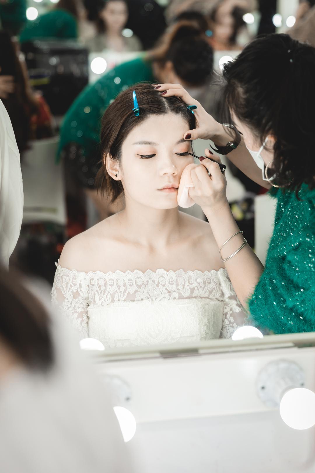 学习化妆去哪里好?哪里好找工作?
