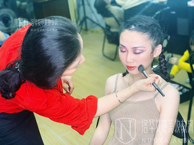 长沙学习专业化妆去哪里好?