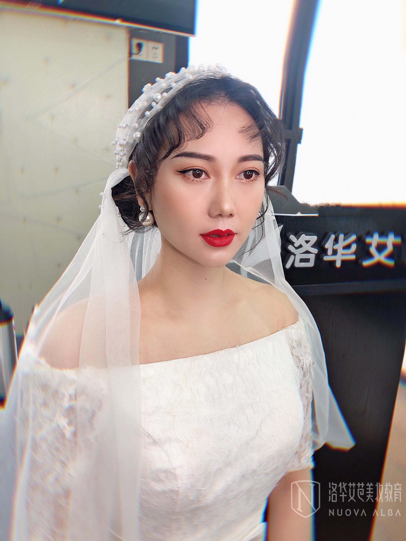 洛华艾芭--轻奢新娘复